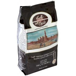 Lucaffé Ospite 700g, zrnková káva