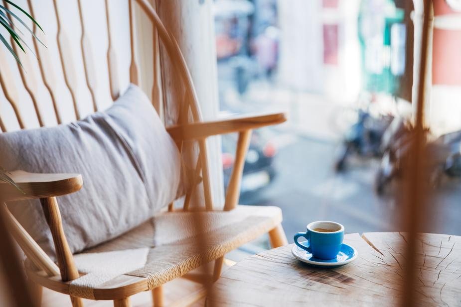 Meleme, meleme kávu. Hodina mágie s mletím kávy